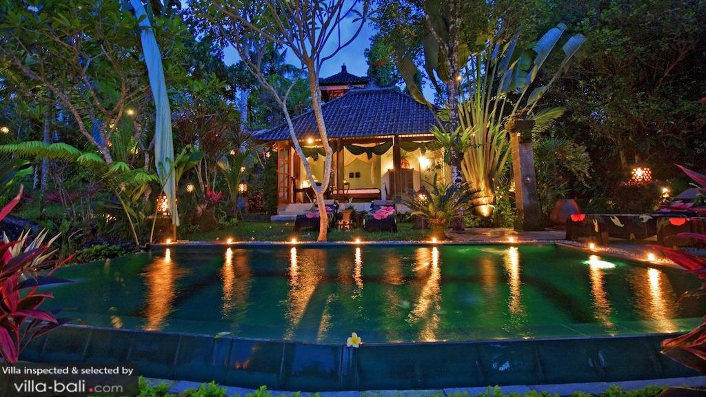 The Mahogany Villa