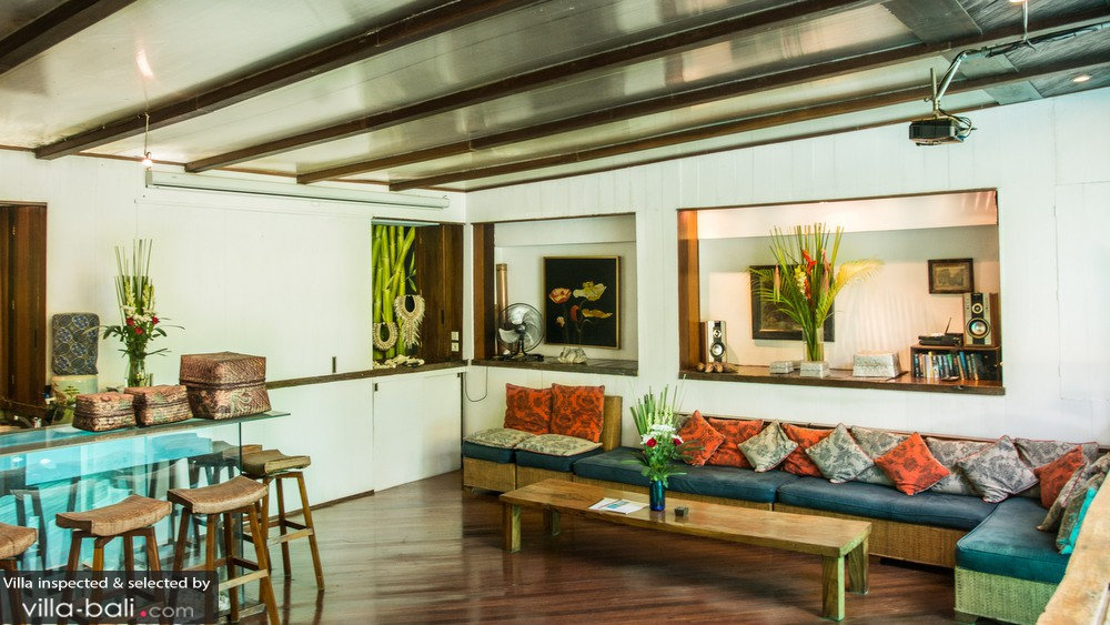 Villa istimewa in seminyak bali 5 bedrooms best price for V villa 2 bedroom pantip