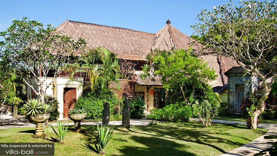 Villa Waru