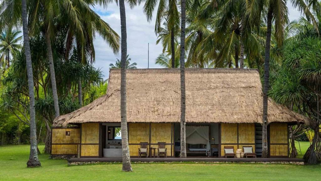 Sira Beach House