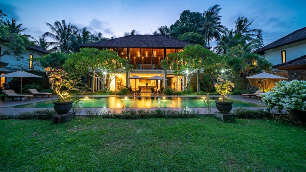 Villa Bumi Artura