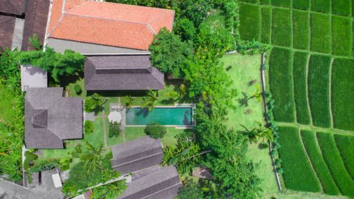 Villa 5 bedrooms Kerobokan