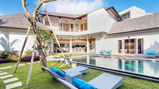 Villa Hiburan 1 In Seminyak Bali 4 Bedrooms Best Price Guarantee
