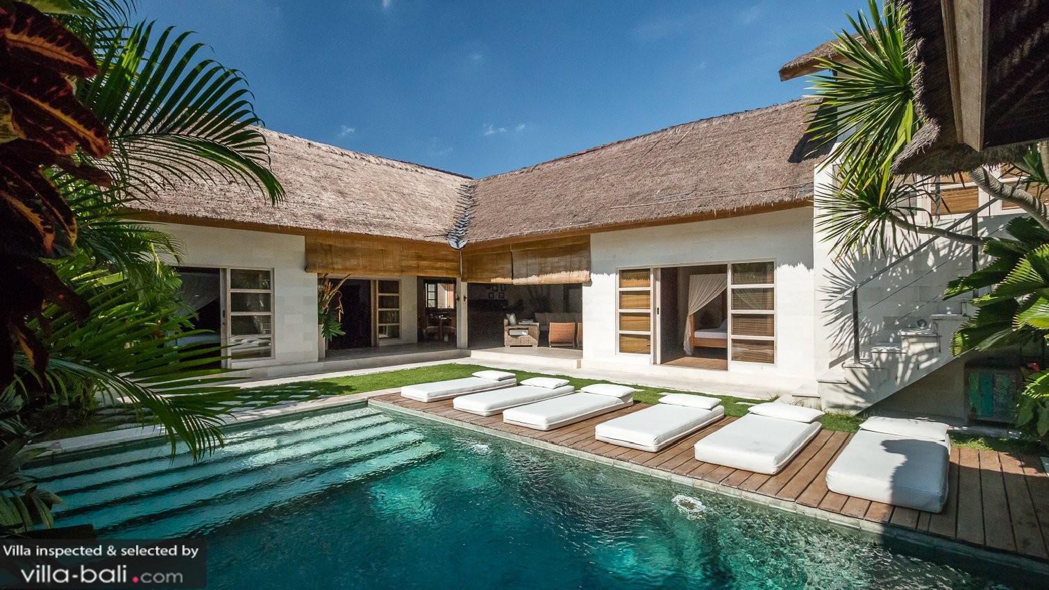 villa anggrek in seminyak bali 3 bedrooms best price. Black Bedroom Furniture Sets. Home Design Ideas
